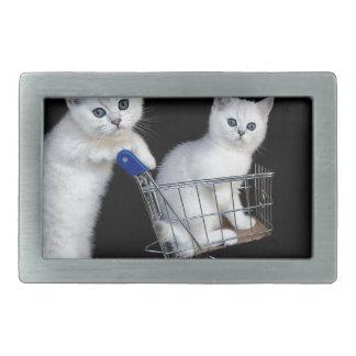 Hebilla Rectangular Dos gatitos blancos con el carro de la compra en