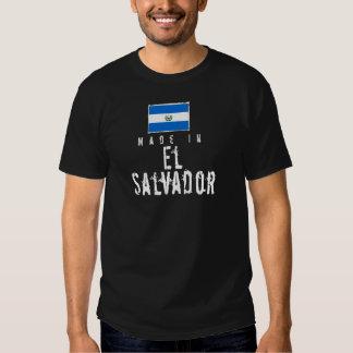 Hecho en El Salvador - oscuridad Camisetas