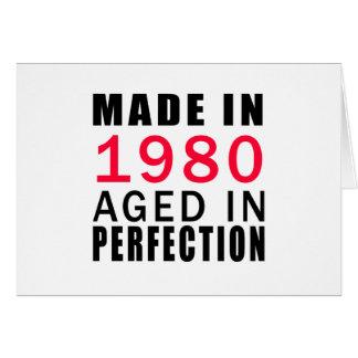 Hecho envejecido en 1980 en la perfección tarjeta de felicitación