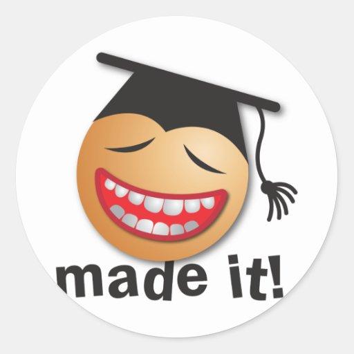 hecho le la graduación pegatinas redondas