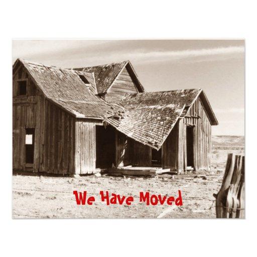 Hemos movido la granja vieja de la sepia de la inv invitación personalizada