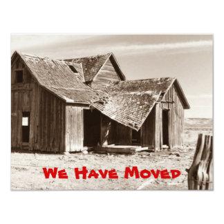 Hemos movido la granja vieja de la sepia de la invitación 10,8 x 13,9 cm