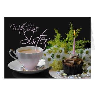 Hermana que una torta del té del té del cumpleaños tarjetón