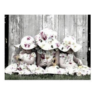 hermanas gemelos tarjeta postal