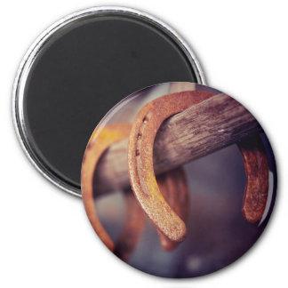 Herraduras en el país de madera del vaquero del imán redondo 5 cm