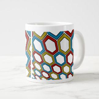 Hexágonos de la perspectiva taza de café gigante