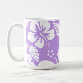 Hibisco tropical de la lavanda brillante taza básica blanca