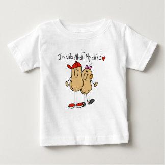 Hija - nueces sobre mis camisetas y regalos del
