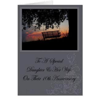Hija y su 10ma tarjeta del aniversario de la espos