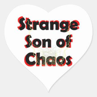 Hijo extraño del caos pegatina en forma de corazón