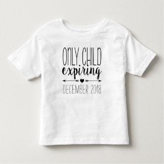 Hijo único que expira - negro camiseta de bebé