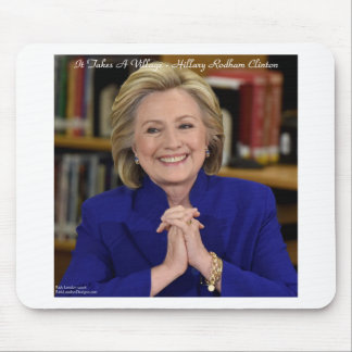 Hillary Clinton toma un regalo del pueblo Alfombrilla De Ratón