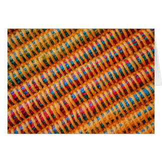 Hilos tejidos vibrantes coloridos tarjeta de felicitación