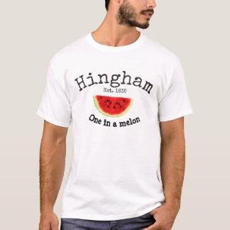 """Hingham mA. """"uno en la camisa de los hombres de un"""