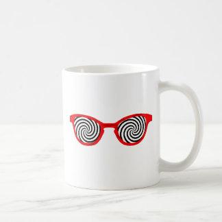 Hipnotice el borde rojo de las gafas de sol el GIF Taza