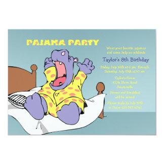 Hipopótamo en la invitación de los pijamas