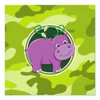 Hipopótamo lindo; camo verde claro, camuflaje invitación 13,3 cm x 13,3cm