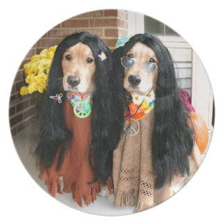 Hippie de Halloween del golden retriever Plato De Comida