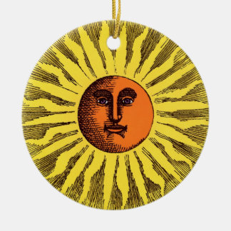Hippie feliz sonriente Sun del amarillo celestial Adorno Redondo De Cerámica