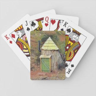 Hogar del duende en un árbol barajas de cartas