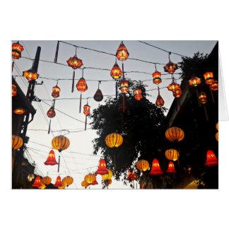 Hoi una tarjeta de la linterna de Vietnam