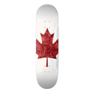 Hoja de arce canadiense monopatín