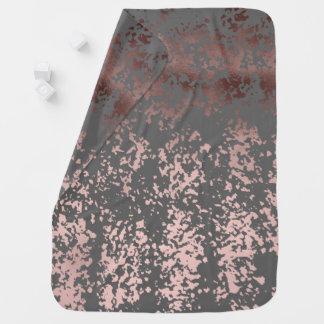 hoja de oro color de rosa elegante y pinceladas mantitas para bebé