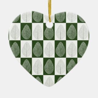 Hoja mágica en verde adorno de cerámica