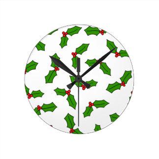 Hojas del acebo reloj redondo mediano