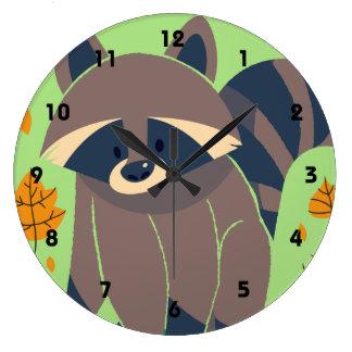 Hojas del mapache y de la caída reloj redondo grande