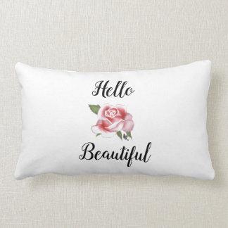 Hola almohada de tiro color de rosa hermosa del