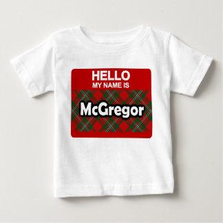 Hola mi nombre es tartán escocés del clan de camiseta de bebé