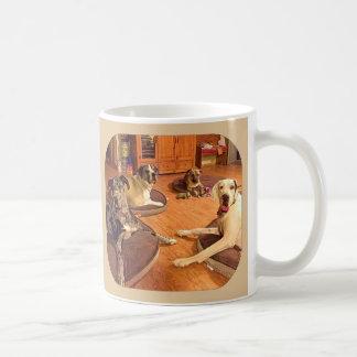 """""""Hola taza de café de Zeke, de Zeus, de Owen, y de"""