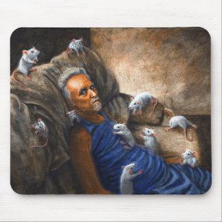 Hombre en el sofá con las ratas Mousepad Alfombrilla De Ratón
