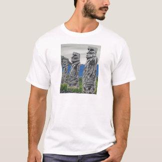 Hombres de la piedra de la isla de pascua camiseta