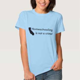 ¡Homeschooling no es un crimen! Camiseta