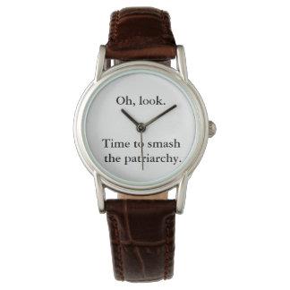 Hora de romper el reloj del patriarcado,