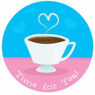 Hora para la taza de té del corazón del té fotoescultura vertical