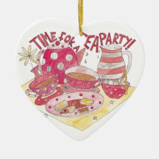 Hora para una fiesta del té adorno de cerámica en forma de corazón