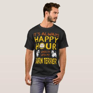 Hora siempre feliz en que con las camisetas del