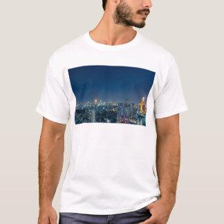 Horizonte de Bangkok en el panorama de la noche Camiseta