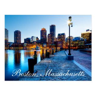 Horizonte de Boston Massachusetts en la postal de