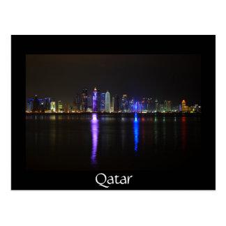 Horizonte de Doha, Qatar en la noche Postal