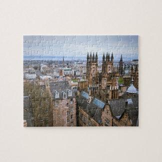 Horizonte de Edimburgo del top del tejado, visión Puzzle