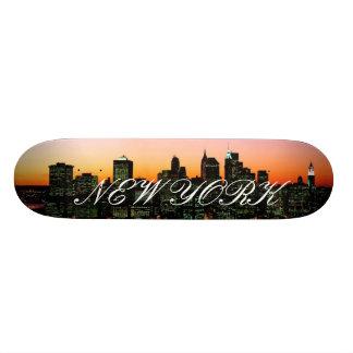 Horizonte de Manhattan en el crepúsculo, imagen de Patín