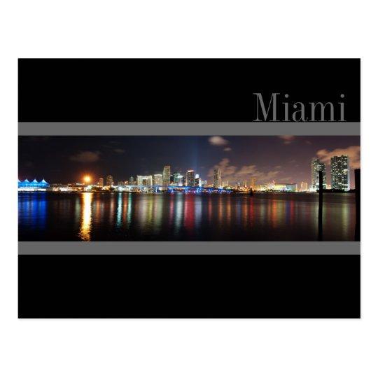 Horizonte de Miami en la postal de la foto del