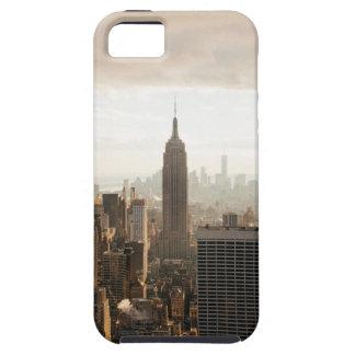 Horizonte de Nueva York - oscuridad - gris Funda Para iPhone SE/5/5s