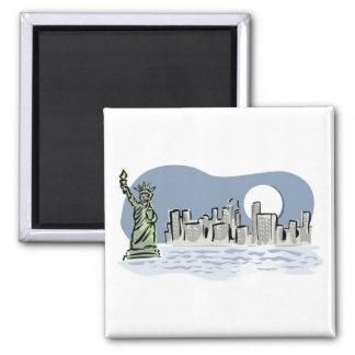 Horizonte de Nueva York por claro de luna Imanes Para Frigoríficos