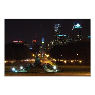 Horizonte de Philadelphia Pennsylvania en la noche Impresión Fotográfica