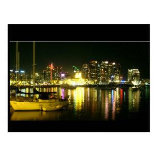 Horizonte y puerto deportivo de San Diego en la Postal